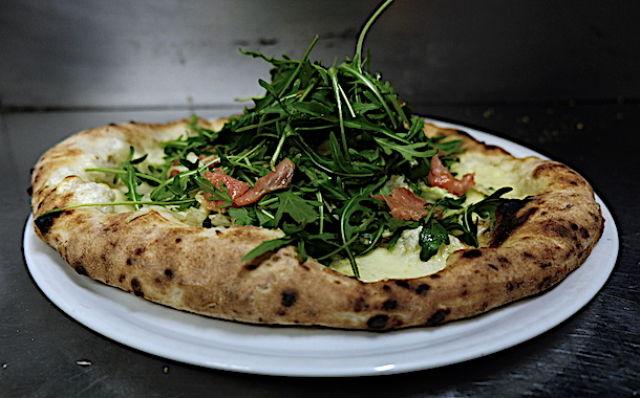 napoletano-giapponese-pizza-fusion-napoli