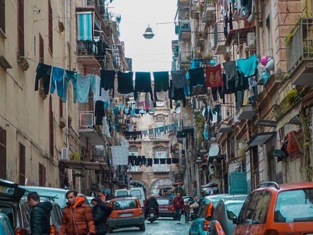 Forcella, quartiere tra i più famosi di Napoli, simbolo dell'armonia pitagorica-1