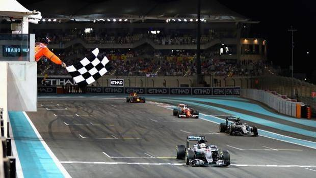 Nico Rosberg titolo iridato, Lewiss Hamilton vittoria