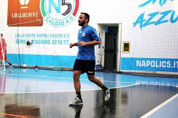 il calcettista De Luca torna nella sua Napoli
