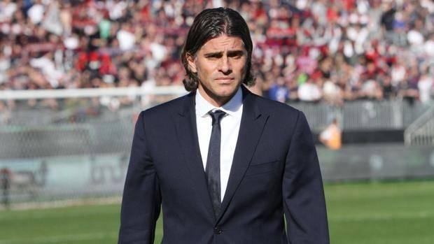 Il neo tecnico rosanero Diego Lopez tenta il miracolo a Napoli