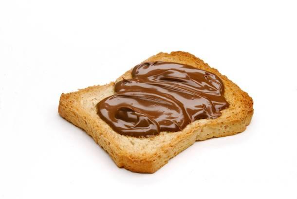 fetta biscottata con nutellafetta biscottata con nutella