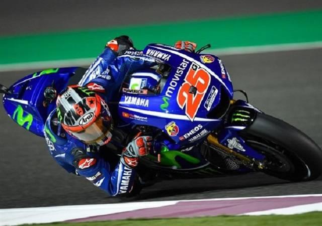 Vinales vince il primo GP 2017 del Qatar, Valentino Rossi terzo