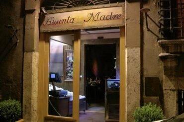 """""""Assunta Madre"""" noto ristorante romano meta di vip, sotto sequestro"""