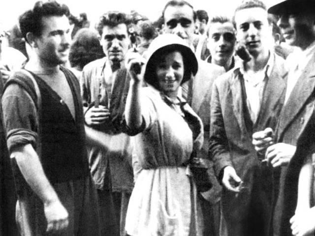 Le donne, la Resistenza delle 4 giornate di Napoli-1