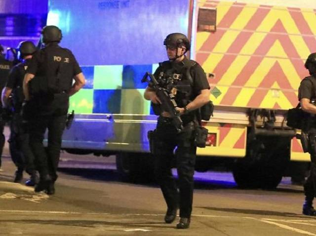 Manchester. Attentato al concerto di Ariana Grande, 22 le vittime