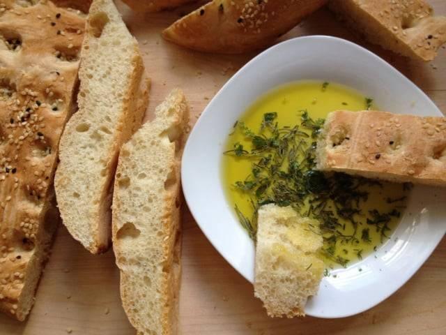 Pane olio, la merenda gustosa dei nostri nonni-1