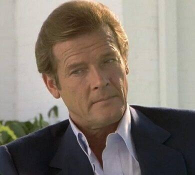Roger Moore celebre 007 del cinema si è spento in Svizzera