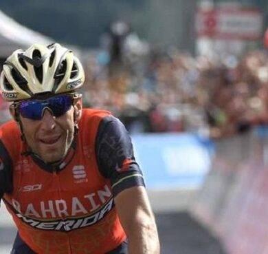 Ultima tappa del Giro d'Italia. Tom Dumoulin ipoteca la vittoria finale