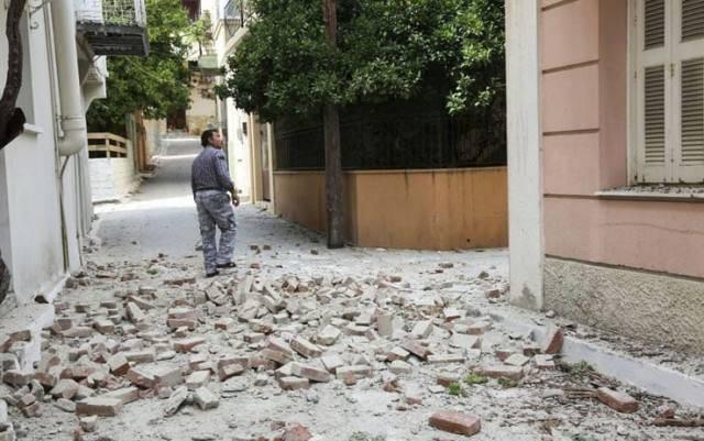 Una forte scossa di Terremoto di 6,4 gradi della scala Richter ha colpito la Grecia e la Turchia, il bilancio per ora è di 1 morto e 10 feriti