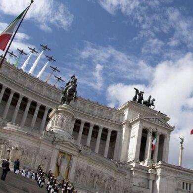 Celebrazioni della della festa della Repubblica, Mattarella omaggia il Milite ignoto