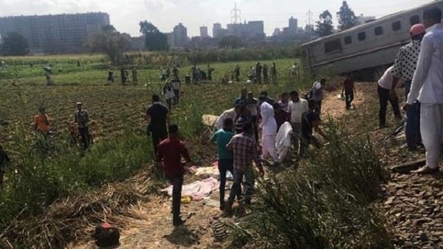 Egitto: scontro frontale tra due treni, 43 morti e 123 feriti