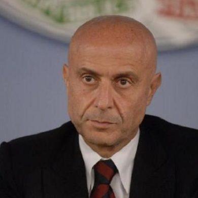 """Ministro Minniti: """"La risposta dello Stato italiano alle mafie sarà durissima"""""""