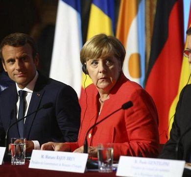 Vertice sui migranti a Parigi, summit presieduto dai big Macron, Merkel e Gentiloni