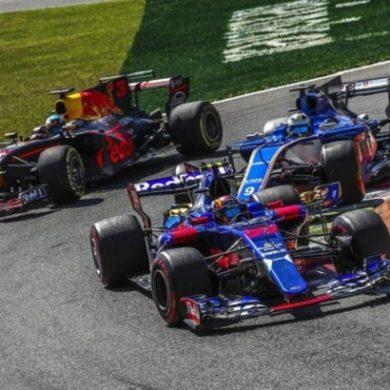 Hamilton e Bottas stravincono GP Monza di F1, Mercedes sempre più dominatrice, Vettel solo terzo