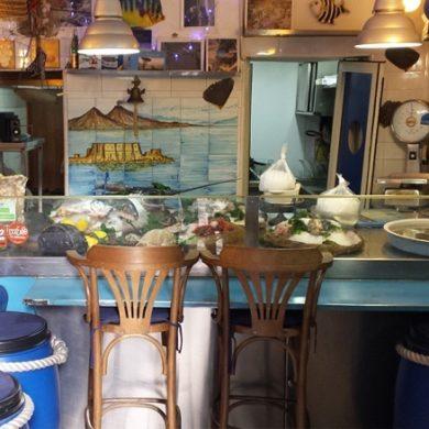 Il pesce a Napoli, la domenica, rappresenta un autentico rito