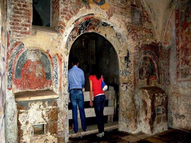 Le Basiliche paleocristiane di Cimitile tra bellezza, simboli e misteri-4