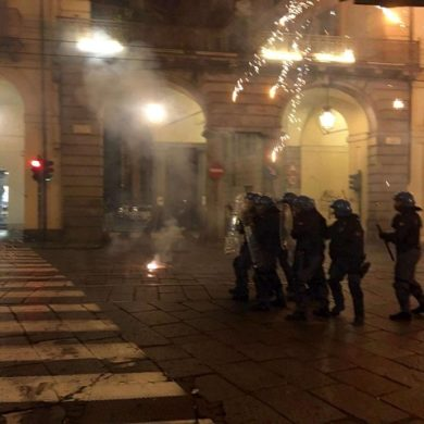 Venaria Reale, Torino: tafferugli G7, manifestanti contro la polizia, 2 agenti feriti