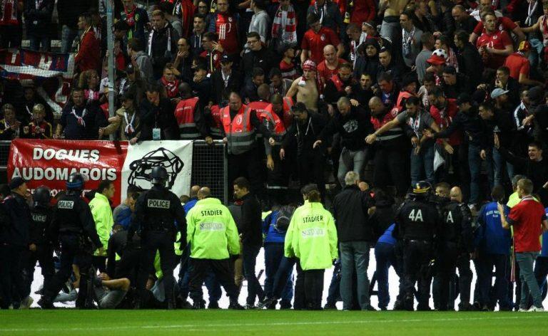 Crollo tribuna stadio Lille francia