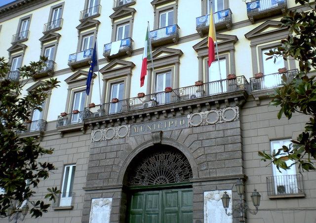 Comune di Napoli in pre dissesto finanziario