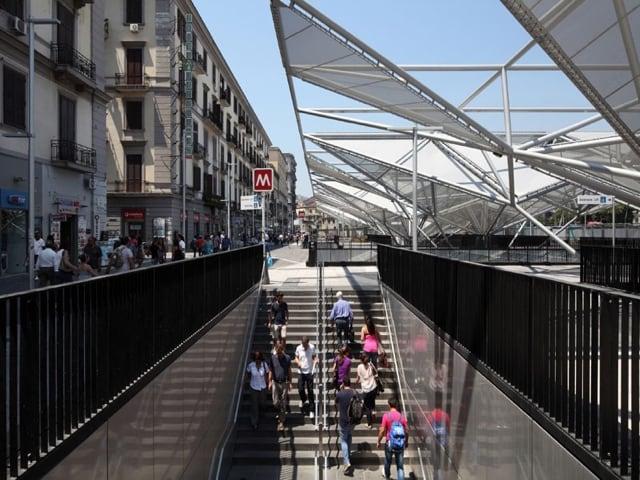 Parcheggio Multipiano Napoli Piazza Garibaldi, inaugurato qualche giorno fa-1