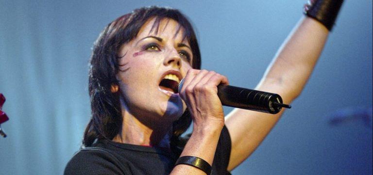 Lutto nel mondo della musica Cranberries Trovata morta Dolores O'Riordan