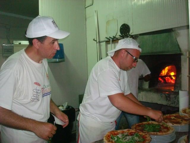 Lavorare come pizzaiolo la professione del futuro-4