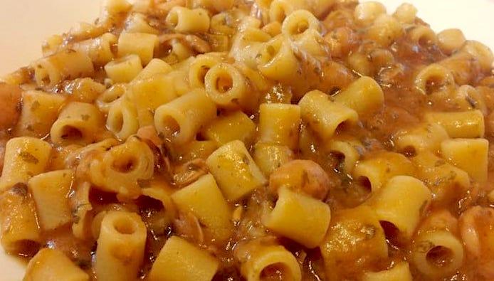 Pasta e fagioli un piatto tipico della cucina italiana for Piatto della cucina povera