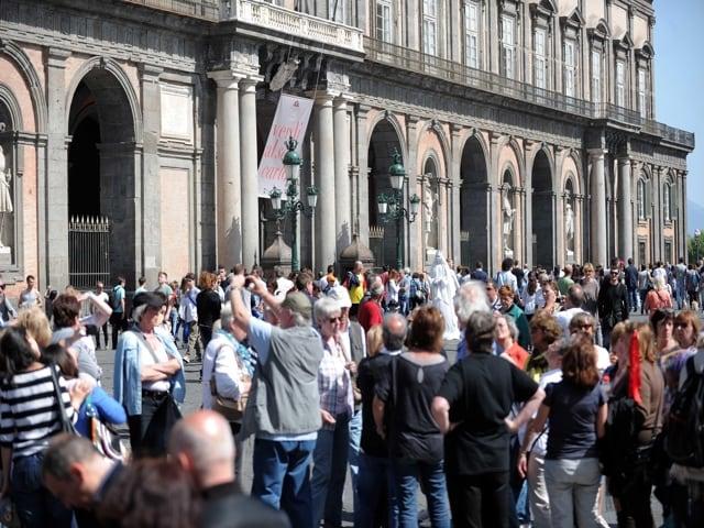 Ponte del primo maggio, pienone in tutti gli alberghi della Campania. Soddisfazione per Federalberghi-Napoli-sold-out-1