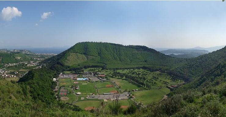 Ancient history: Monte Gauro. teatro della battaglia tra Sanniti e romani guidati da Marco Valerio Corvo-1