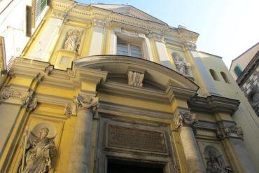 Emozionante visita guidata serale alla Chiesa dell'Arte della Seta a Napoli, domani 27 ottobre-1