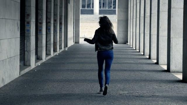 Violenza sulle donne e indifferenza testimonianza di una giovane ragazza-6