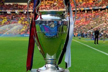 Champions Napoli e PSG vincono entrambe, qualificazione rimandata all'ultimo turno-1