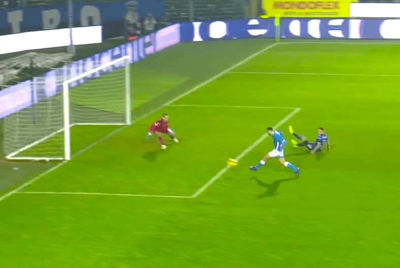Arek Milik riporta il Napoli a - 8 dalla Juve, il polacco all'85esimo realizza il 2 a 1 azzurro-2
