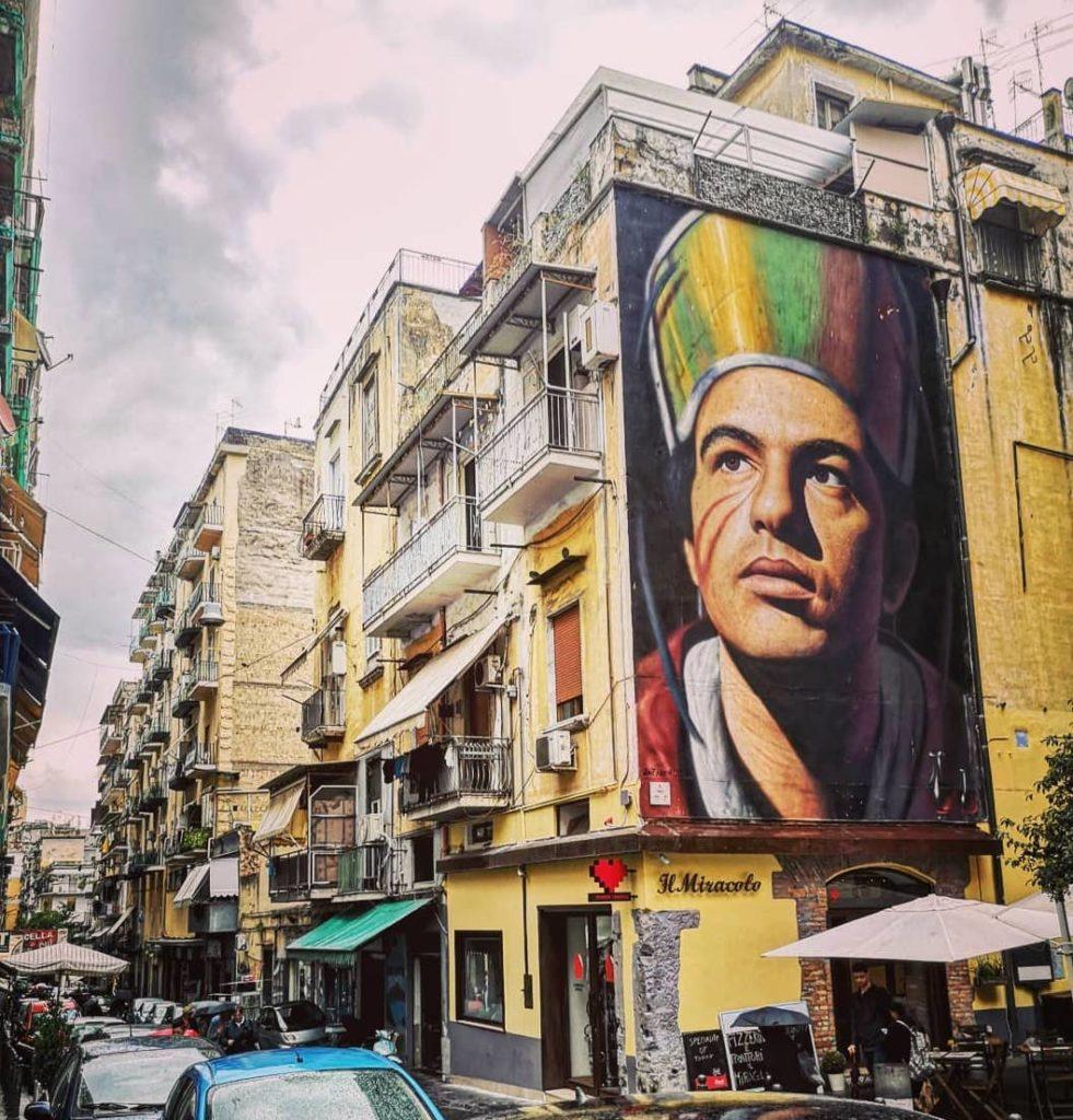 Forcella, quartiere tra i più famosi di Napoli, simbolo dell'armonia pitagorica-3