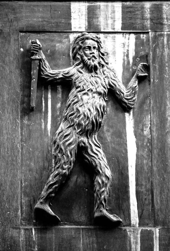 Una leggenda napoletana il mito di Colapesce, mezzo uomo e mezzo pesce-2