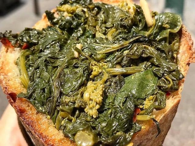 I friarielli, una gustosa specialità culinaria tutta partenopea-1