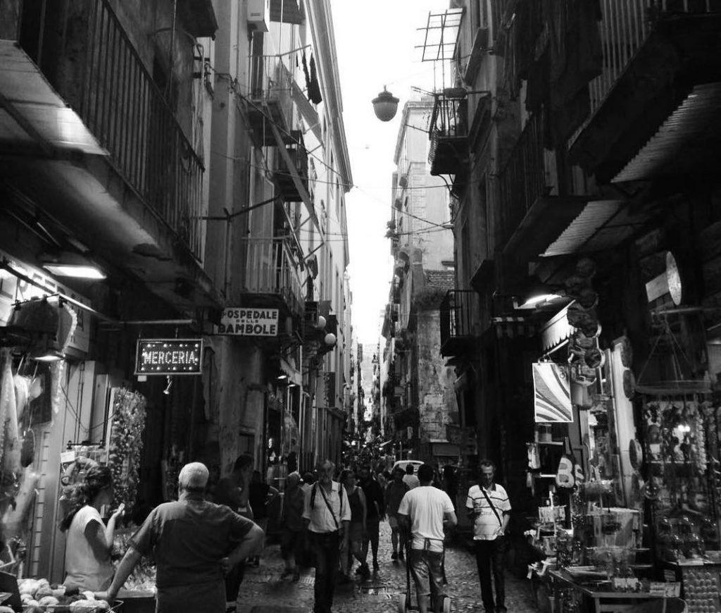 Via San Biagio dei Librai, Napoli, tra cultura, storia e leggenda-3
