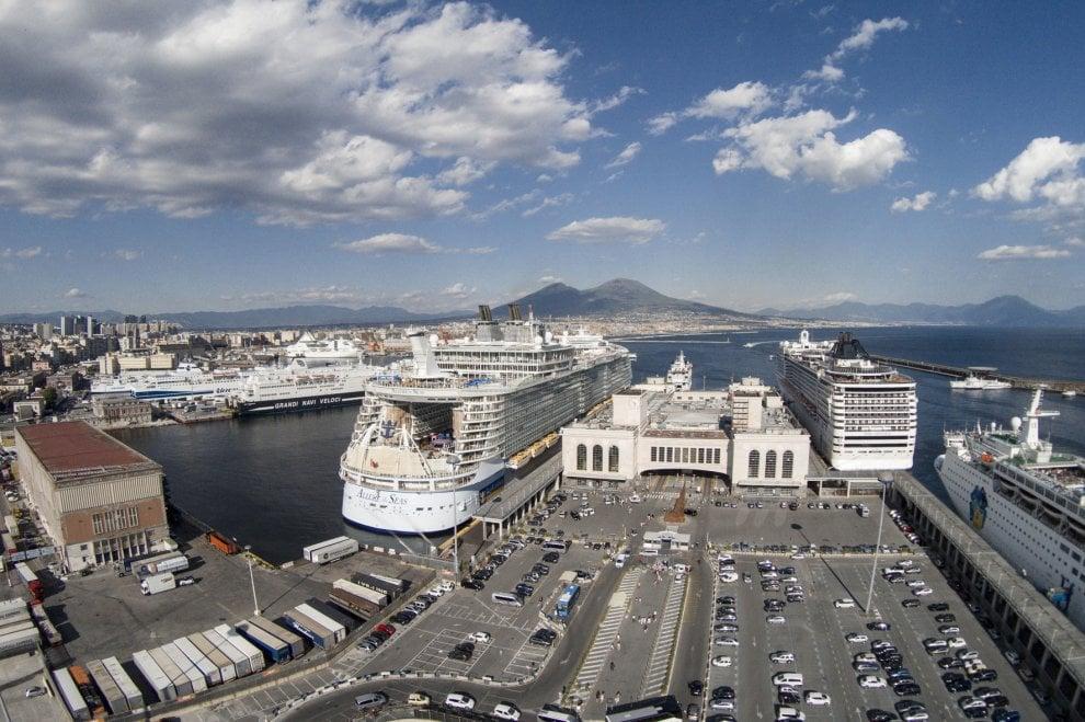 Il Villaggio Atleti delle Universiadi di Napoli presso la stazione marittima-2