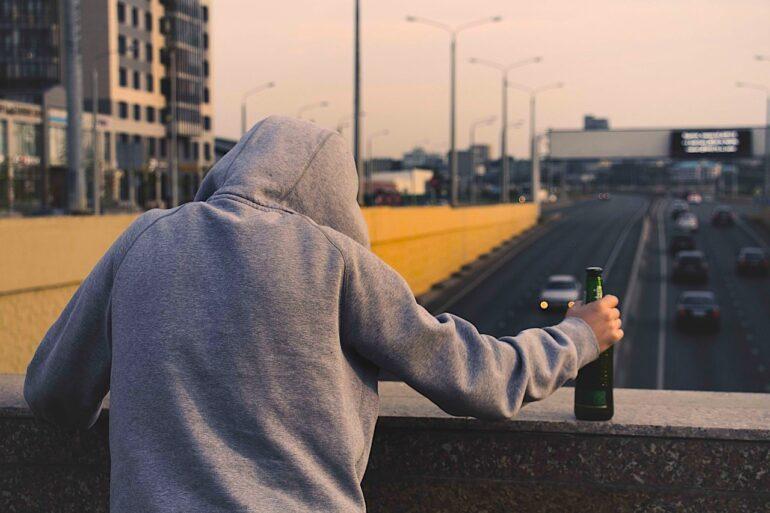 Alcol- inchiesta - ph. by Лечение Наркомании